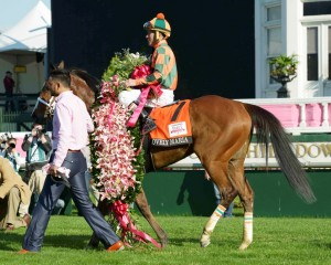 Lovely Maria after winning the Kentucky Oaks (copyright by Bobby Shiflet).
